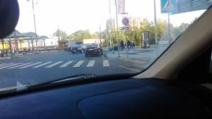Фото-фиксация к обращению, ранее направленному в связи с нарушениями прав потребителей услуг такси возле станции метро Щукинская. Обращение содержит требование привлечь к юридической ответственности должностных лиц правительства Москвы.