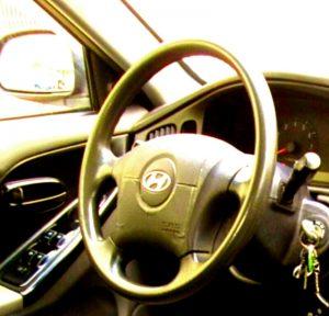 """Сработавшая после аварии и не восстановленная подушка безопасности автомобиля Хендэ, который был продан компанией """"АВТОМИР"""" официальным дилером марки Хендэ."""