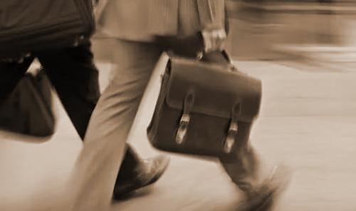 Не дожидаясь конца года можно получить вычет за лечение на работе, предоставив работодателю необходимые документы