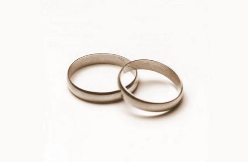 Только сам обучающийся супруг имеет право получить вычет за свое обучение – муж при оплате обучения жены не сможет оформить возврат налога