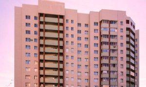 Лицо, получившее квартиру по договору дарения, вправе распоряжаться им по своему усмотрению, в том числе продать